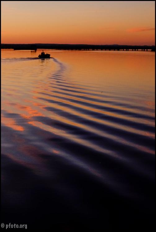 estela de barco